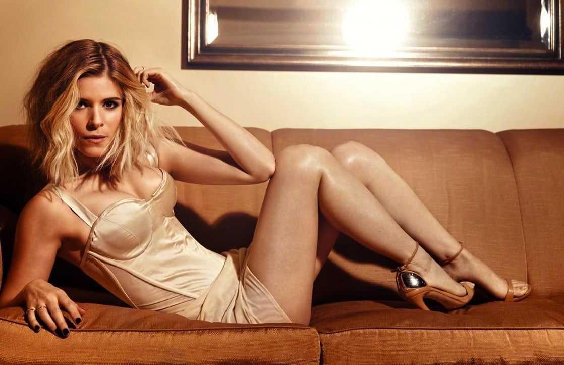 Kate Mara bare feet