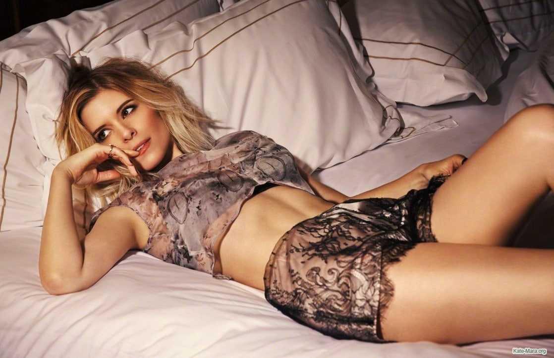 Kate Mara sexy lingerie