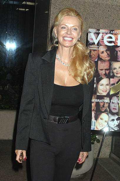 Kristina Wayborn cleavage pic