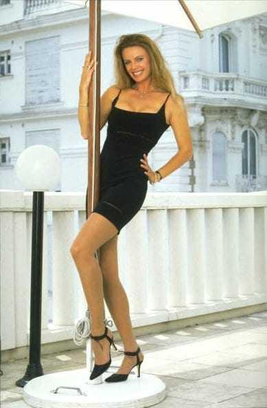 Kristina Wayborn hot legs pic (2)