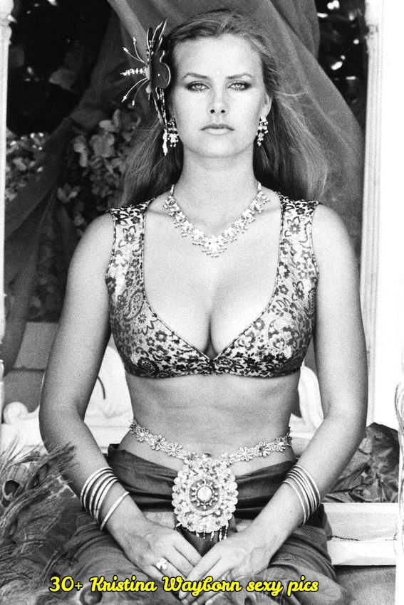 Kristina Wayborn sexy cleavage