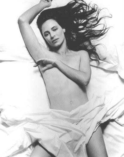 Madeleine Stowe topless