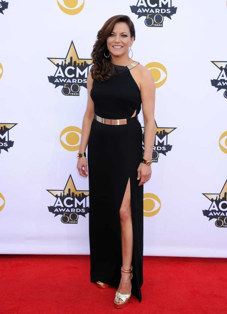 61 Martina McBride Sexy Pictures Demonstrate That She Has