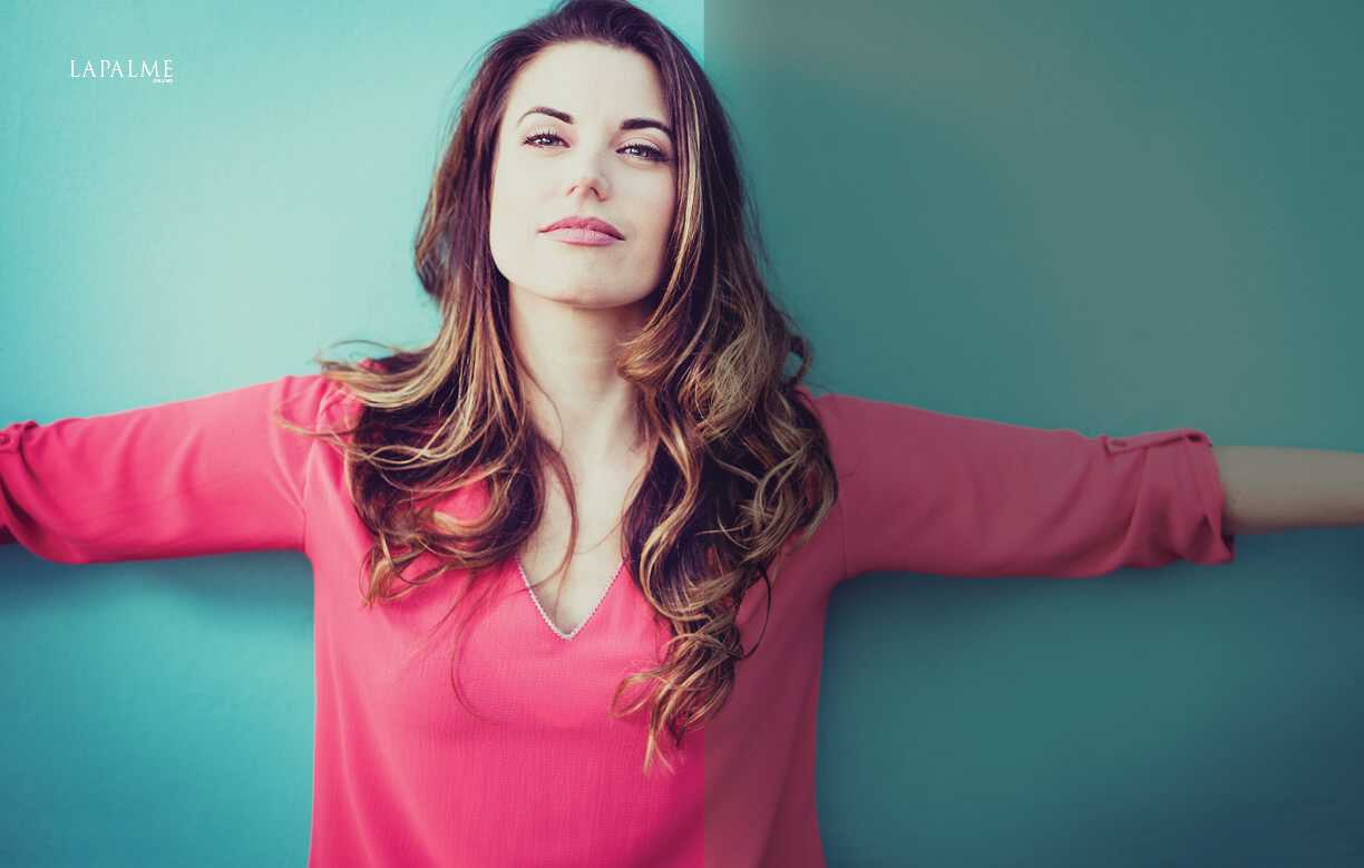 Meghan-Ory-awesome-pic-2
