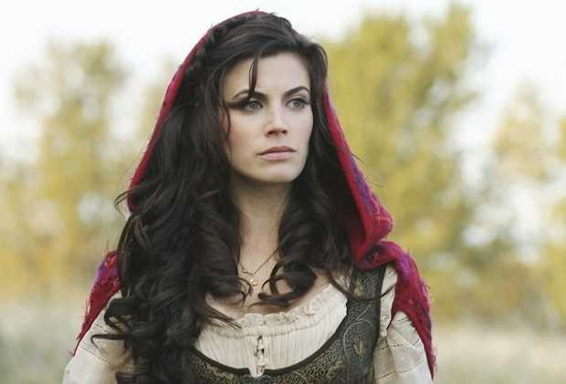 Meghan-Ory-awesome-pic-3