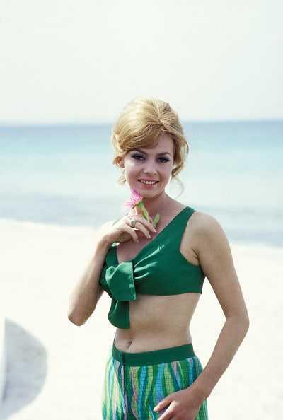 Michèle Mercier bikini