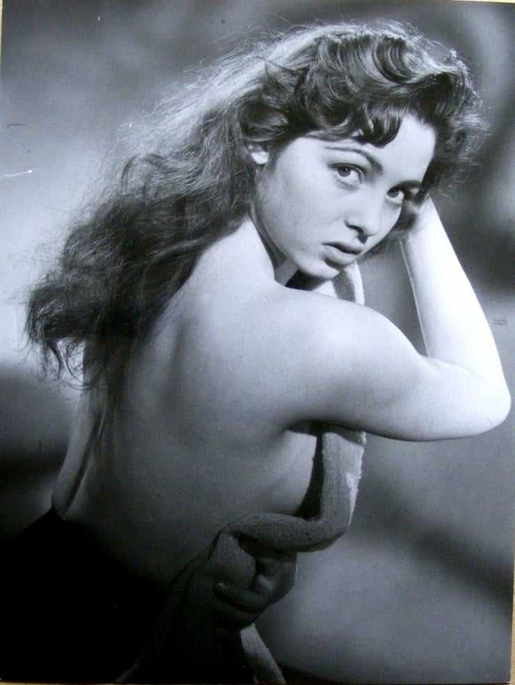 Michèle Mercier topless