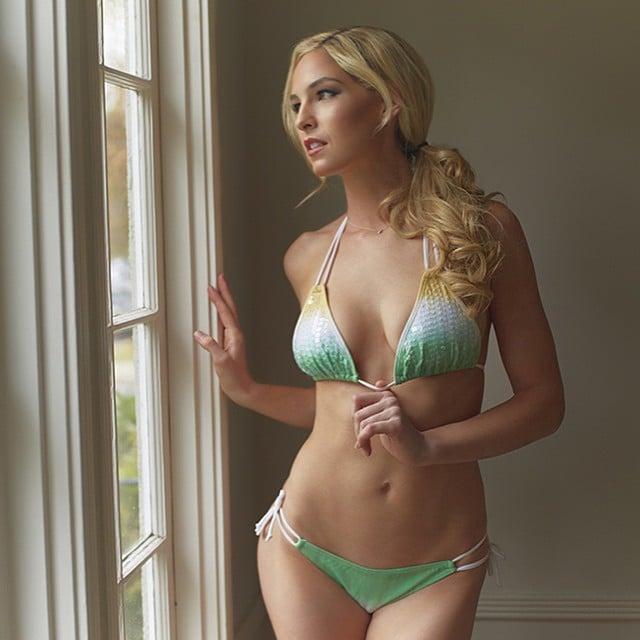 Michelle McLaughlin hot