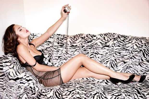 Minka Kelly hot bikini