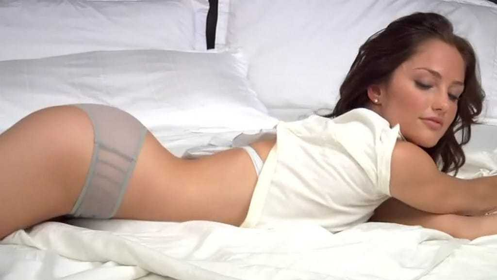 Minka Kelly sexy pictures