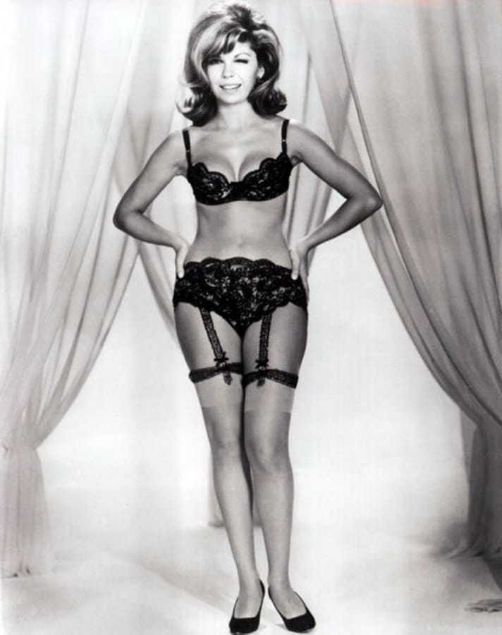Nancy Sinatra sexy pic