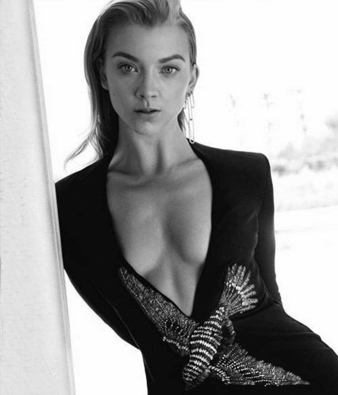 Natalie Dormer cleavage