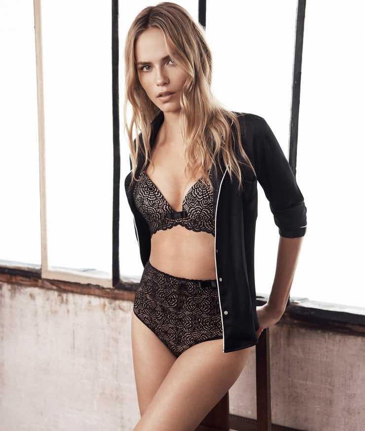 Natasha Poly (64)