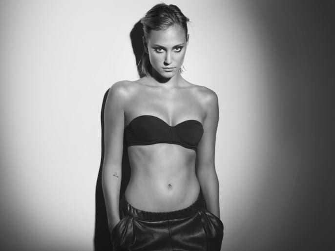 Nora Arnezeder cleavage