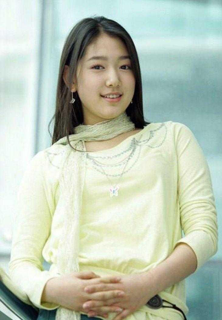 Park Shin-hye smile