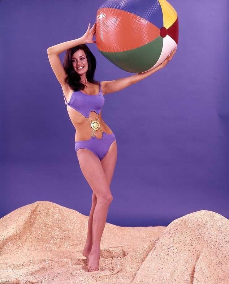 Phyllis Davis bikini