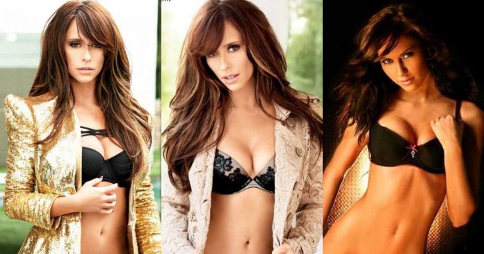 61 Jennifer Love Hewitt Sexy Pictures Which Will Make You Slobber For Her language pathologist. She has English, Scotti