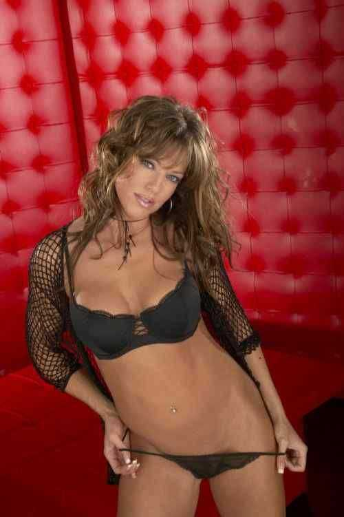 Racquel Darrian sexy pictures