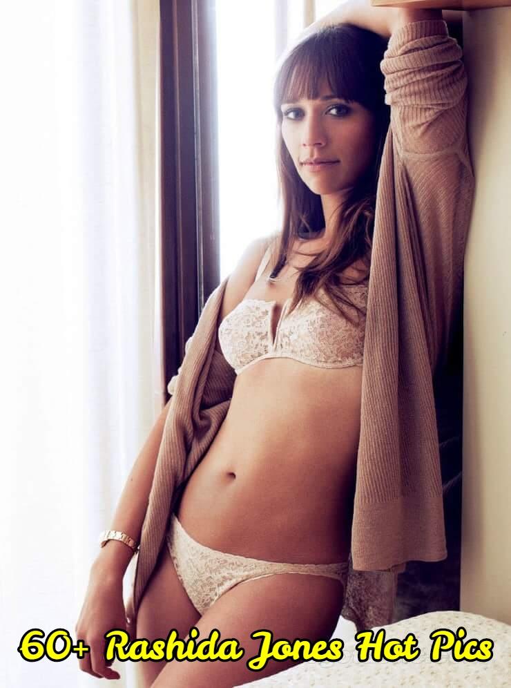 Rashida-Jones-sexy-bikini-pics-1