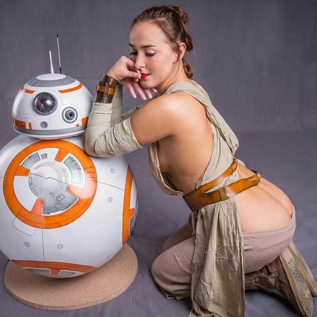 Rey hot butt pic