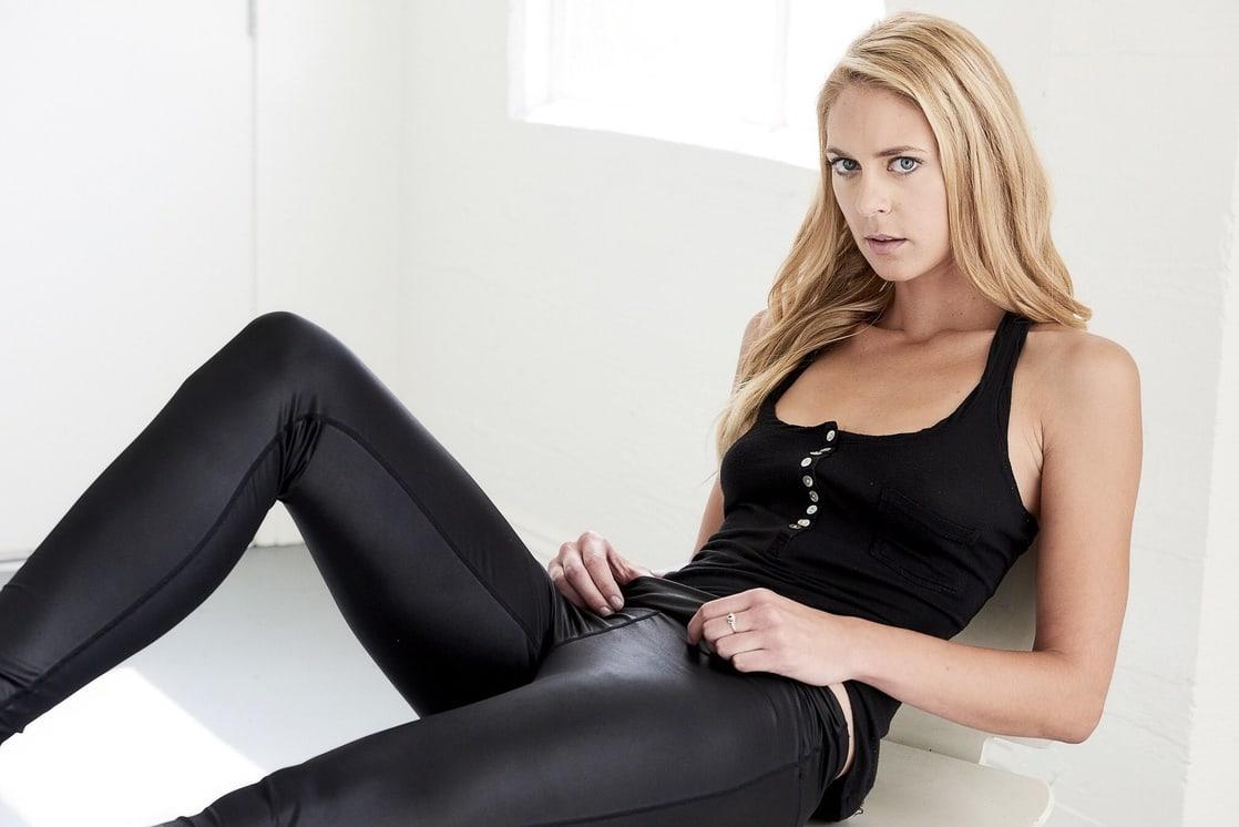 Sara Mitich lovely