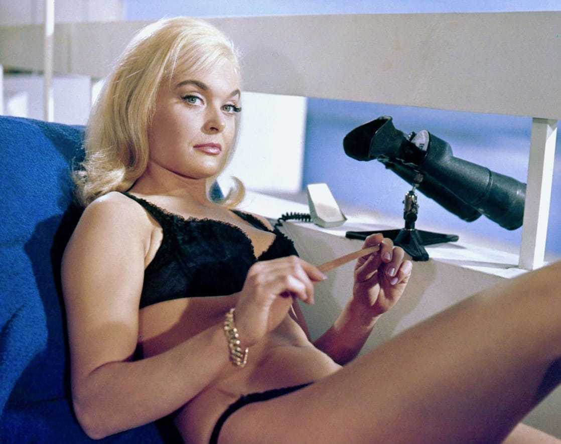 Shirley Eaton sexy bikini