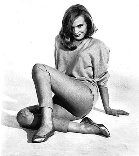 Shirley Eaton sexy pictures