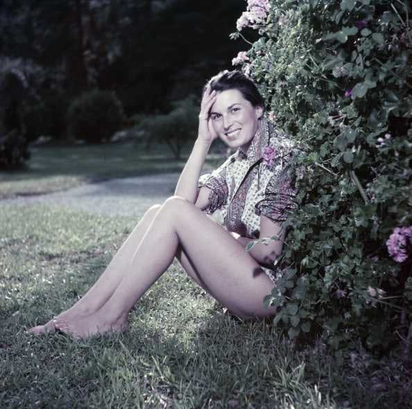 Silvana Mangano sexy feet pic