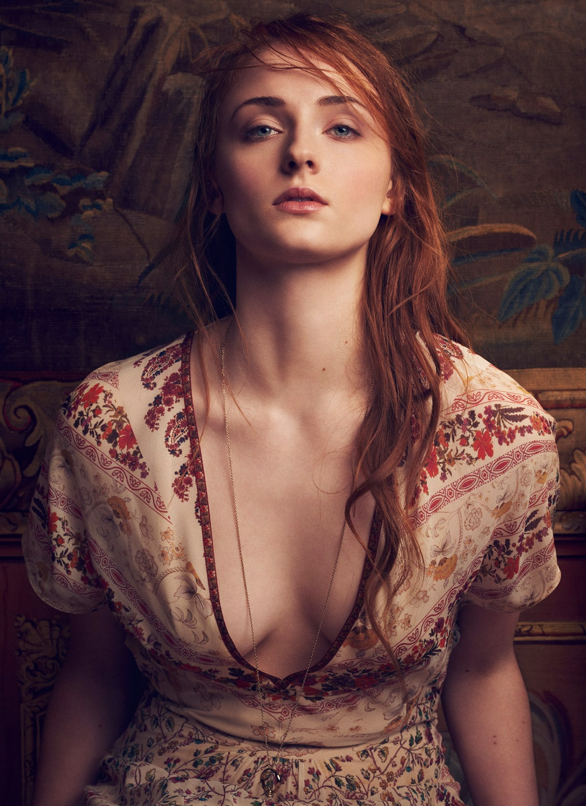 Sophie-Turner-Sexy-Boobs-Pictures
