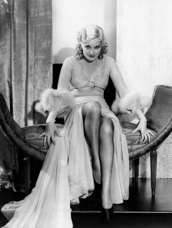 Thelma Todd hot cleavage