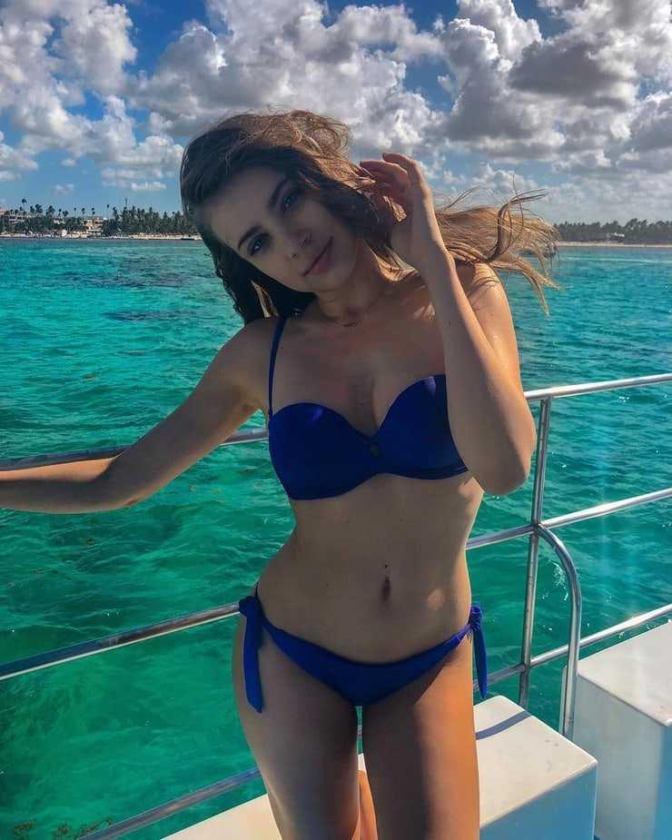 Xenia Tchoumitcheva bikini
