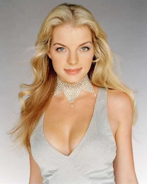 Yvonne Catterfeld cleavage ic