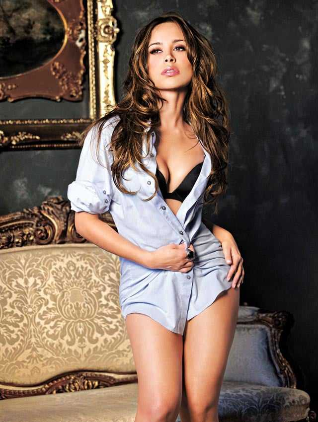 Zulay Henao sexy pictures