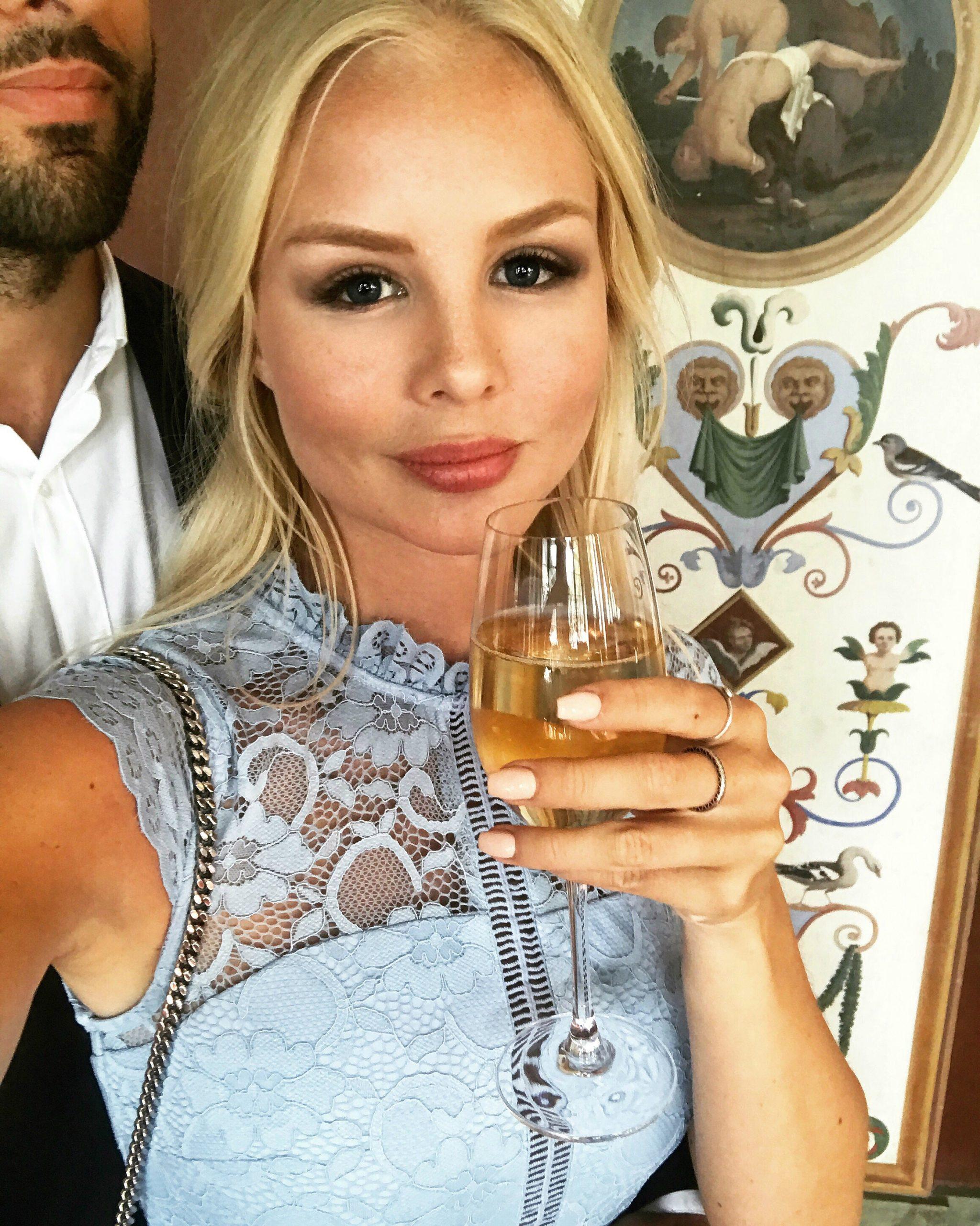 alexandra bring drinking