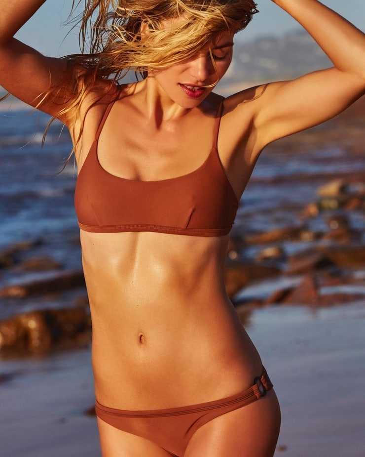 jessica hart bikini