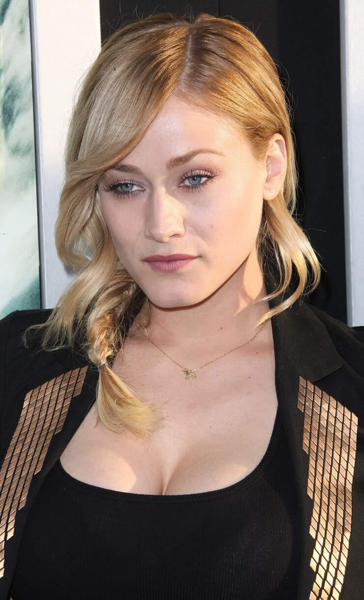 olivia taylor dudley too sexy