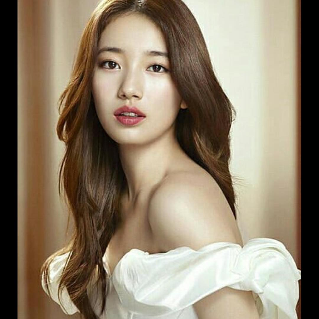 Bae-Suzy-Red-Lips-Pics