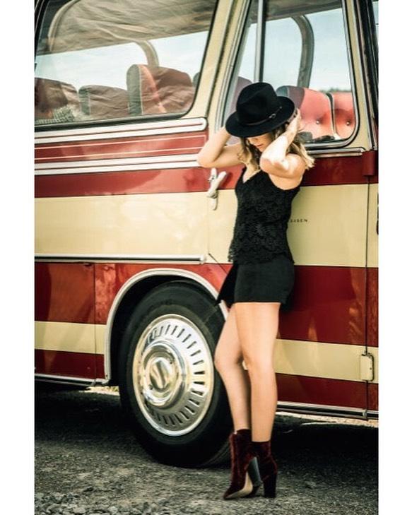 Belinda Bencic thighs