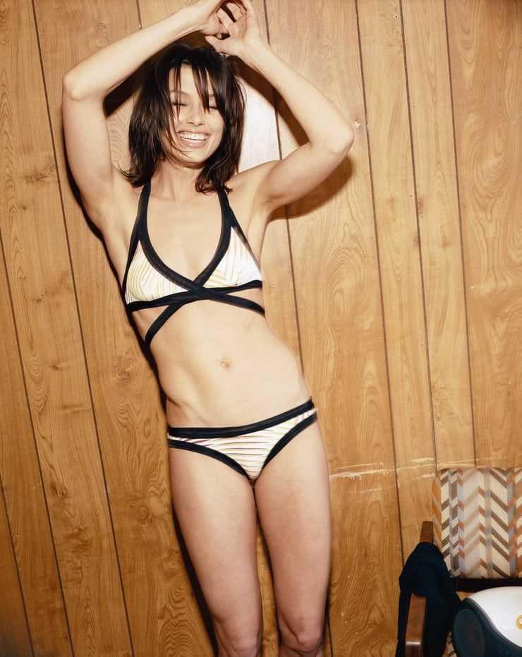 Bridget Moynahan sexy pics (2)