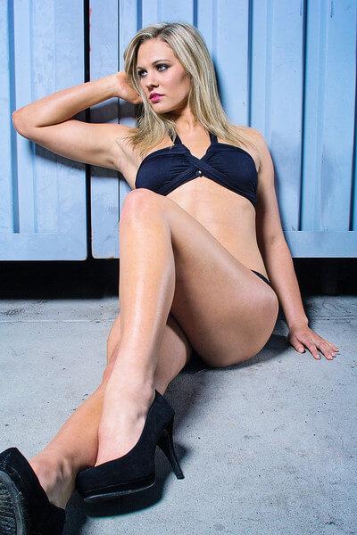 Chloe Sutton bikini