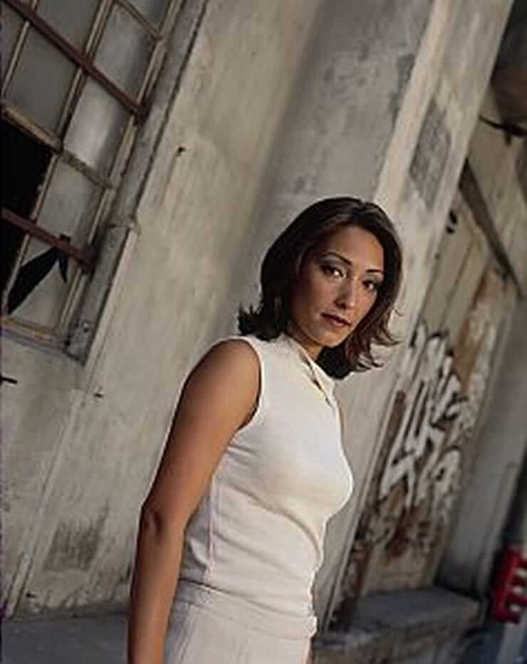 Christina-Chang-lovly-pictures-2