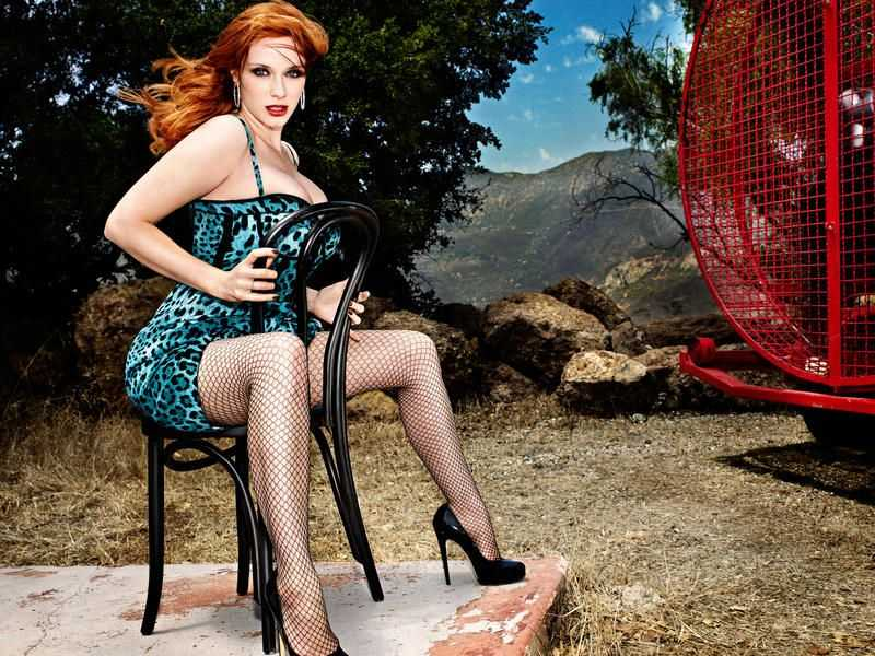 Christina Hendricks hot feet