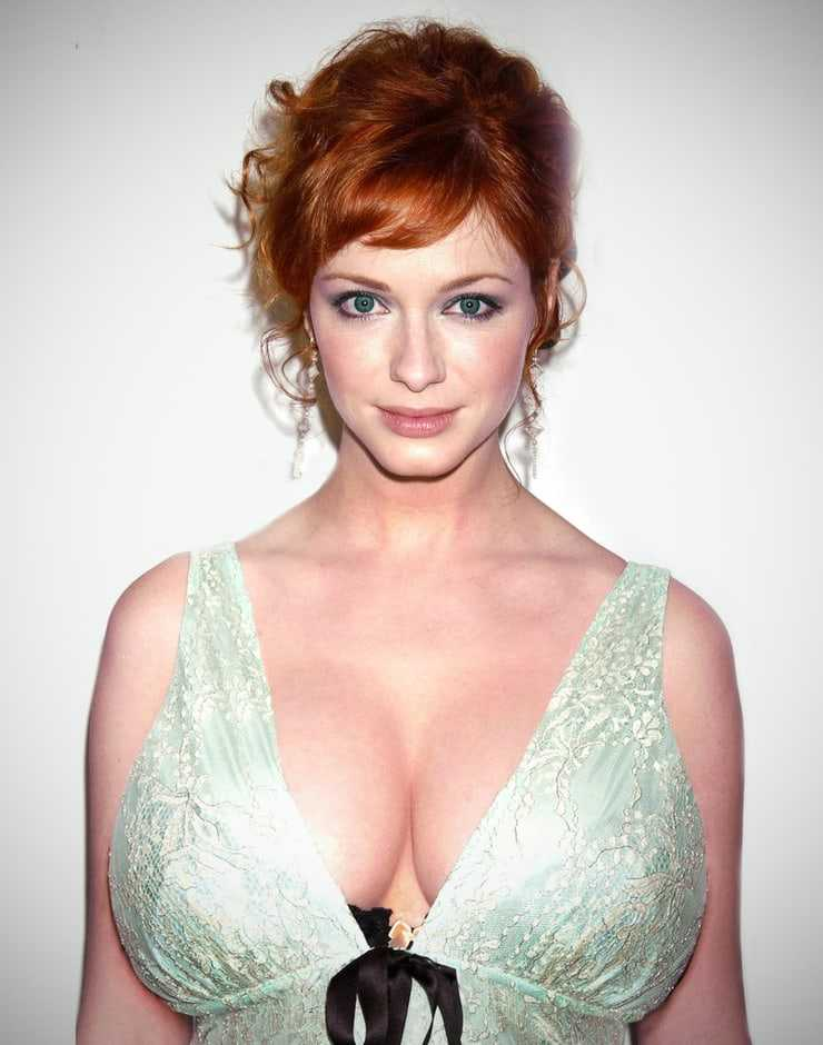 Christina Hendricks hot pics (2)
