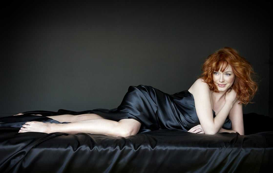 Christina Hendricks sexy feet
