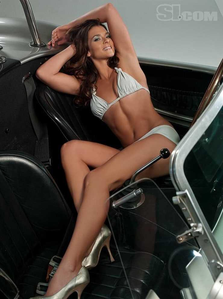Danica Patrick hot pics (2)