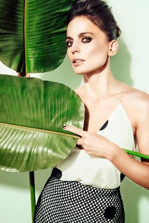 Elena Anaya sexy