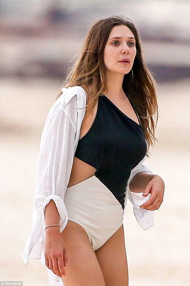 Elizabeth Olsen hot pics (2)