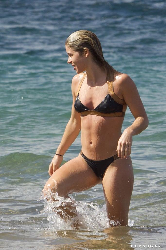 Emily-Bett-Rickards-Bikini-Pictures