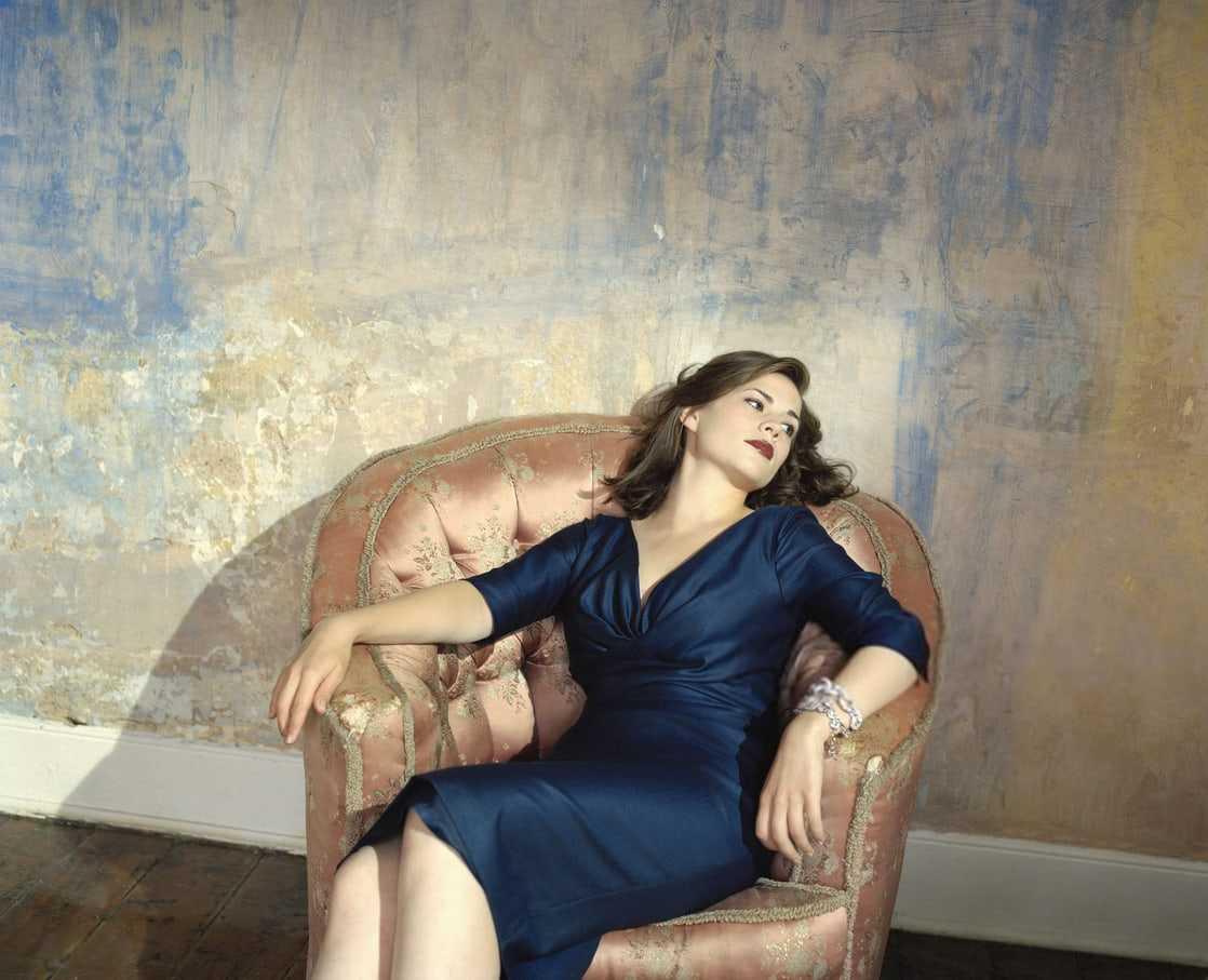 Hayley Atwell hot photos (2)