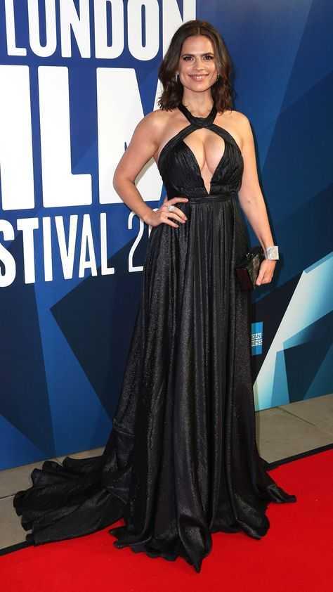 Hayley Atwell hot pics (2)